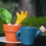 plantoys-8622-juego-jardineria-madera-1